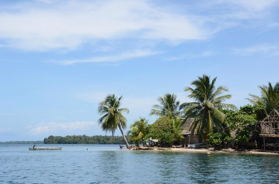Kalibobo Village:                                     Right on the waters edge