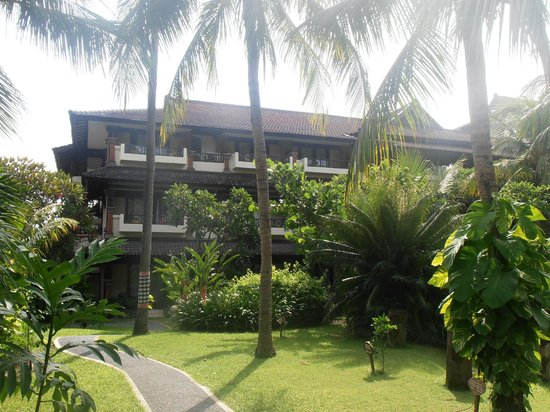 Legian Beach Hotel:                   Main accommodation building
