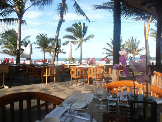 Legian Beach Hotel:                   View from restaurant / breakfast