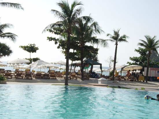 Centara Grand Beach Resort Phuket:                   pool area