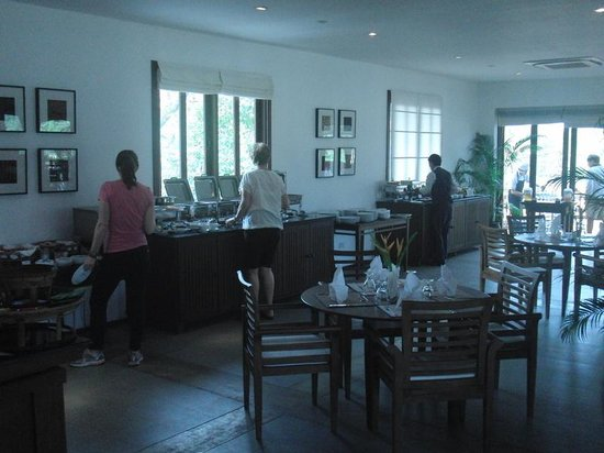 Riverside Boutique Resort: Breakfast room