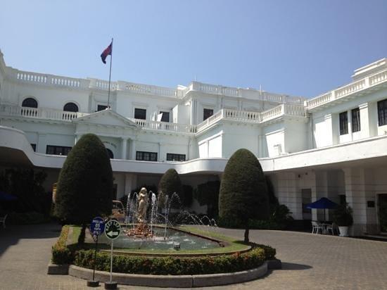 โรงแรมเม้าท์ ลาวิเนีย:                   colonial jewelry