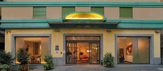 Best Western Plus City Hotel: Esterno