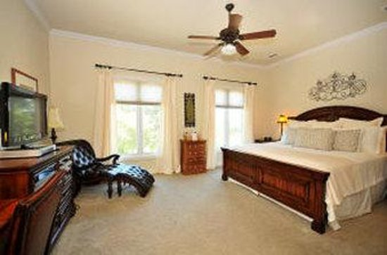 The Wildwood Inn: Standard Room