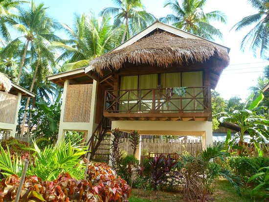 Long Beach Chalet:                   Our bungalow