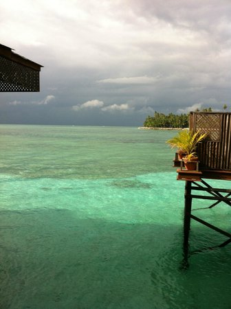 Mabul Water Bungalows: panorama dal water bungalow