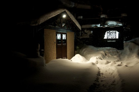Mountain Hostel Tarter:                   Exterior