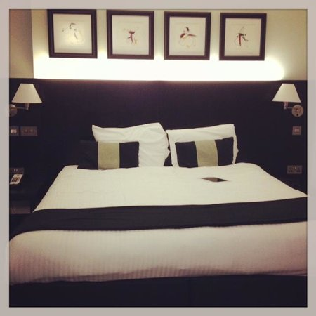 The Nadler Liverpool:                   king size bed