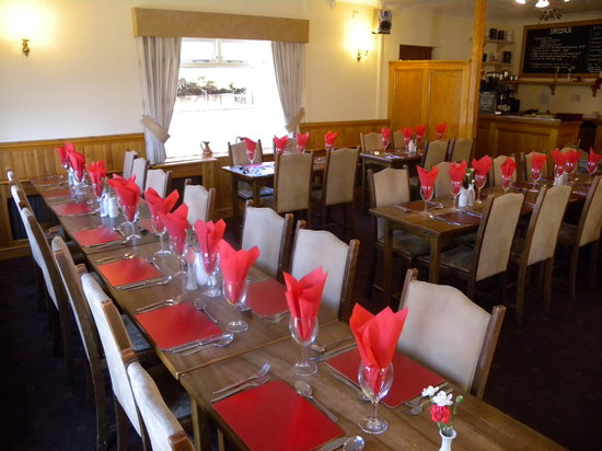 The Little Crown Inn & Restaurant: Restaurant