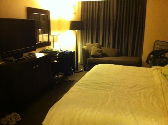 The Westin Detroit Metropolitan Airport:                   the bed is heavenly!!!