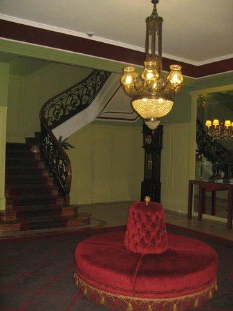 Grande Hotel Do Porto:                   Холл
