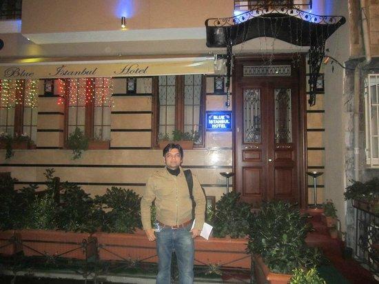 Blue Istanbul Hotel:                   Entrance
