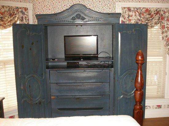 The Beaufort Inn:                   Room 5, armoire with TV