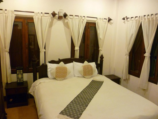 Villa Meuang Lao:                   a double bedroom
