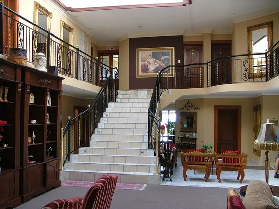 Hermanus Guesthouse:                   Main staircase from reception/dining area