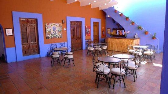 Casa de Siete Balcones: Dining area