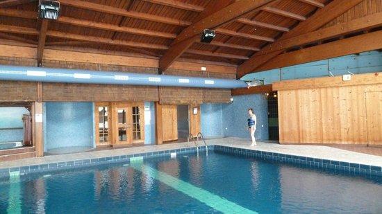 La piscine le sauna le hamam picture of hotel les for La piscine review