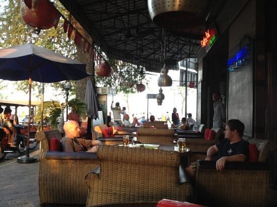 Garden Bar In The Shade:                   Nice outdoor seating