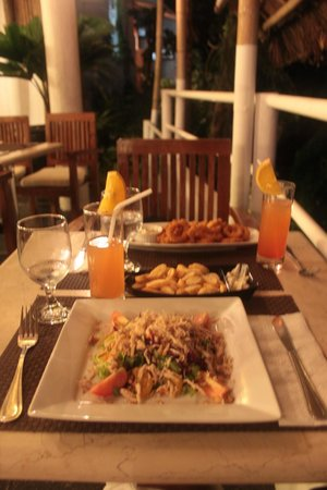 Nami Boracay :                   Ужин. Начало