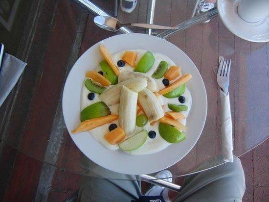 Spill the Beans:                   Healthy fruit based breakfast!