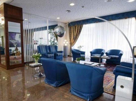 Hotel President: La hall
