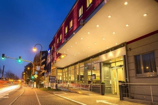 Hotel Aachener Str   Koln
