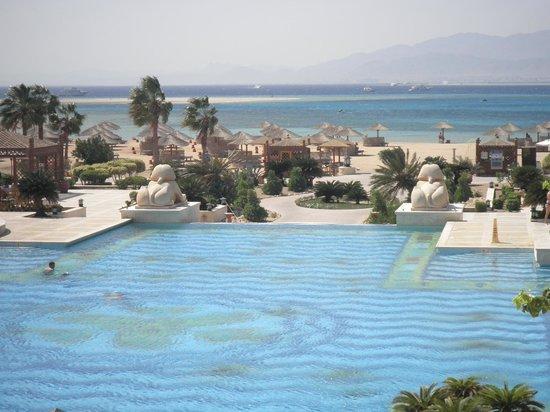 Sheraton Hurghada Hotel:                   vue depuis la terrasse de l'hôtel