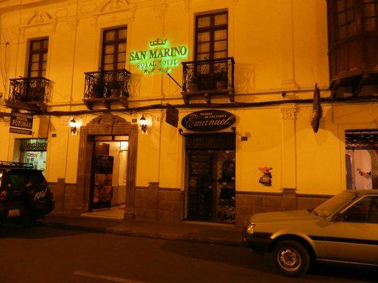 San Marino Royal Hotel:                   entrée