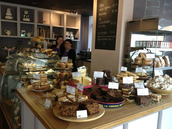 Blueberry Hill Patisserie: Our fantastic cake counter