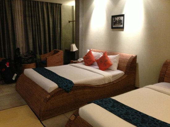 Frangipani Fine Arts Hotel:                   Twin Room