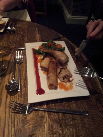 The Red Well Inn: Duck Spring Rolls