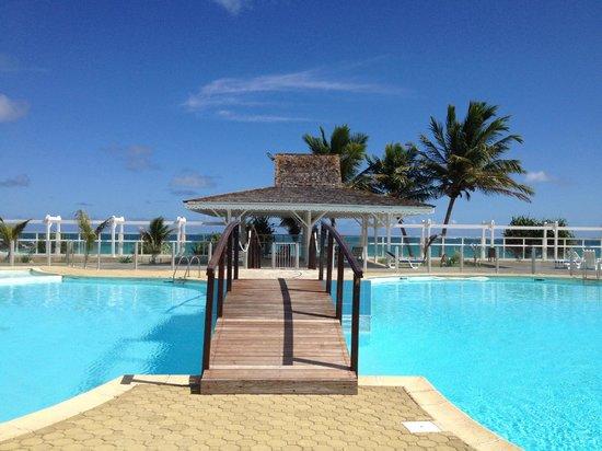 Hotel Mont Vernon:                   La piscine de Mont Vernon