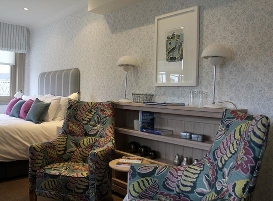 Southwold, UK: Seating area in Room 5