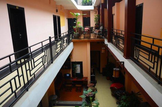 Magnolia Hotel:                   Interior