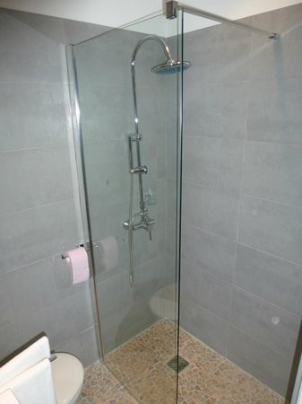 Hotel Oxford : douche a l italienne