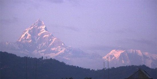 Sacred Valley Inn Pokhara:                   View from Roof Top - FishTail