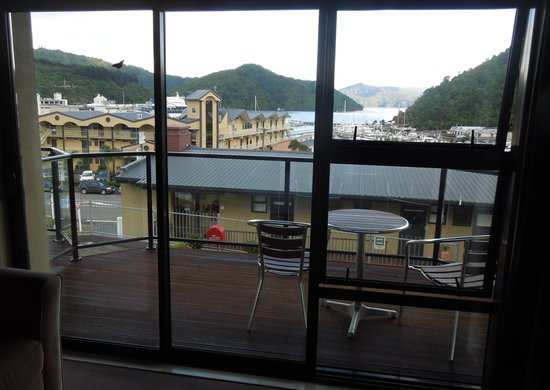 Harbour View Motel Picton: The view from our 1st floor room