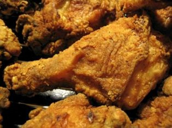 Lake Lure Smokehouse: Papa T's Fried Chicken - Every Sunday