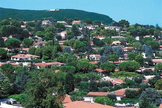 Taunus villaggio hotel numana marche prezzi 2018 e for Villaggio taunus