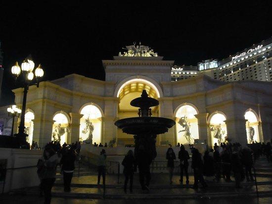 Monte Carlo Resort & Casino:                   外観