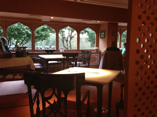 Annapurna:                   Restaurante