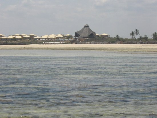 Ora Resort Watamu Bay:                   vista del ns. resort da in mezzo al mare