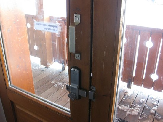 Chalet Natalia II :                   Outside door always unlocked... ski 'room' next to it