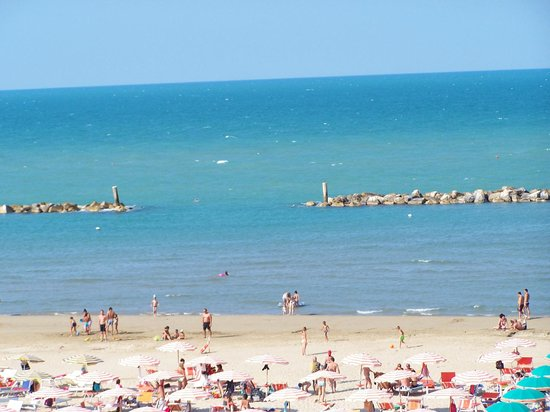 Spiaggia di velluto picture of hotel international senigallia tripadvisor - Hotel international senigallia ...