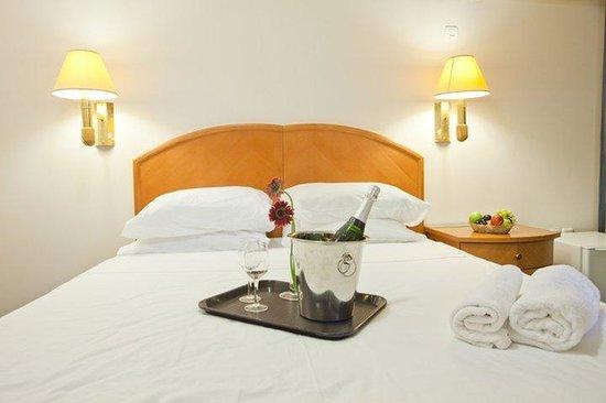 Q Hotel: Jakuzzi Room