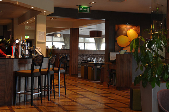 Photo of Gailes Restaurant and Hotel Irvine
