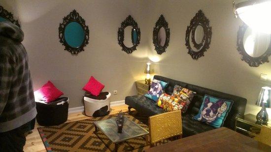 Lisbon Short Stay Apartments Baixa: Salotto
