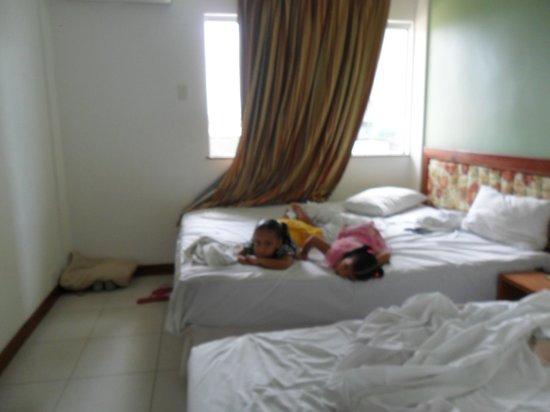 Alto Da Praia Hotel:                   Quarto triplo