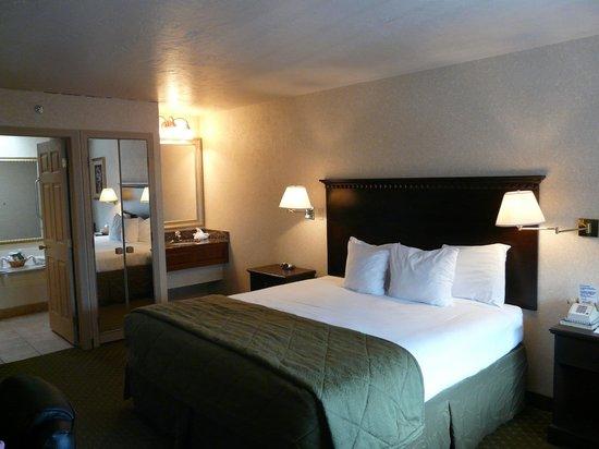Quality Inn Gunnison:                   Zimmer mit Kingbed