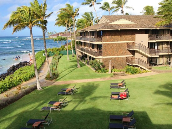 Koa Kea Hotel & Resort:                   Vew from stairs down to pool/beach